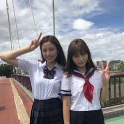 (左から)片瀬那奈、川口春奈(C)テレビ朝日