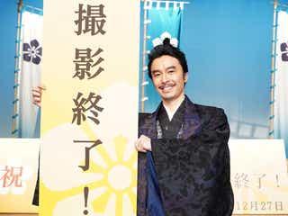 長谷川博己「麒麟がくる」3ヶ月間の撮影休止乗り越えクランクアップ