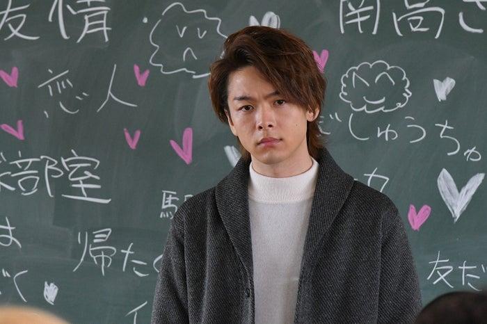 中村倫也/「初めて恋をした日に読む話」より(C)TBS
