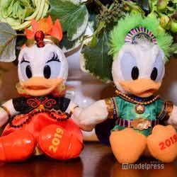 ぬいぐるみバッジ各1,700円(C)モデルプレス(C)Disney