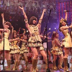 モデルプレス - AKB48の「リクエストアワー」に乃木坂46も乱入 セットリスト公開<写真特集>