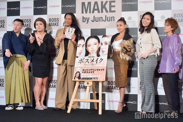 左から:チョコレートプラネット(長田庄平、松尾駿)、JunJun、あびる優、尼神インター(誠子、渚) (C)モデルプレス<br>