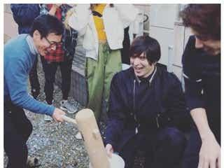 ローラ、城田優、ベッキー、三浦翔平ら集結 ワンオクTakaが豪華すぎる森進一家新年会を報告
