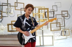 中山優馬、1か月半の猛特訓 ギター生演奏に拍手喝采