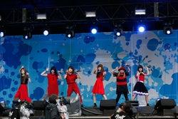 Little Glee Monster、初ステージで圧巻の歌声響く<セットリスト>