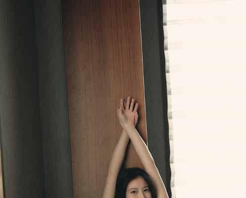 今田美桜、愛され美肌で魅了 高級ホテルで優雅な佇まい