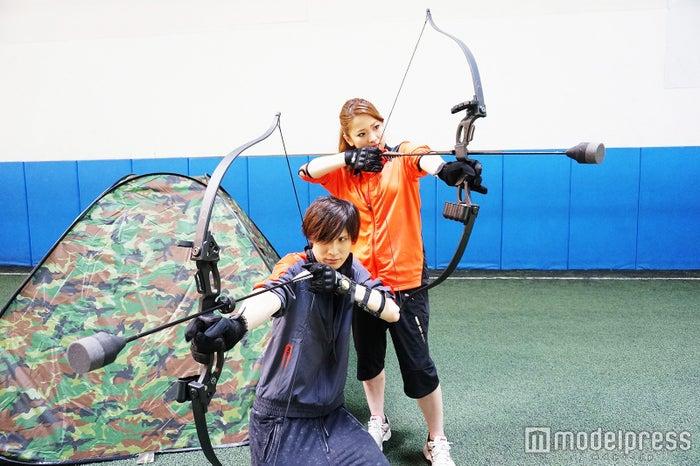 男女共に楽しめるファンスポーツ「アーチェリーハント」/画像提供:ASOBIBA