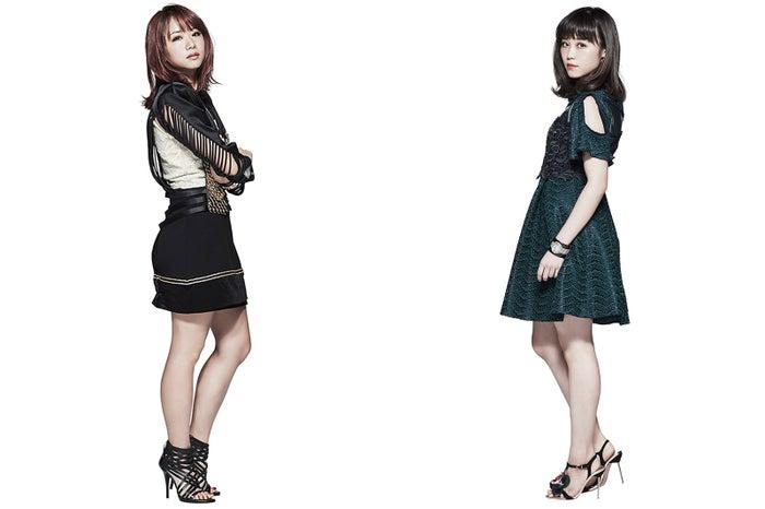 (左から)Aya、鷲尾伶菜 (画像提供:所属事務所)