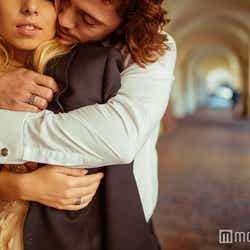 モデルプレス - たまらなく可愛い!年上男性が愛してやまない女性の特徴5つ