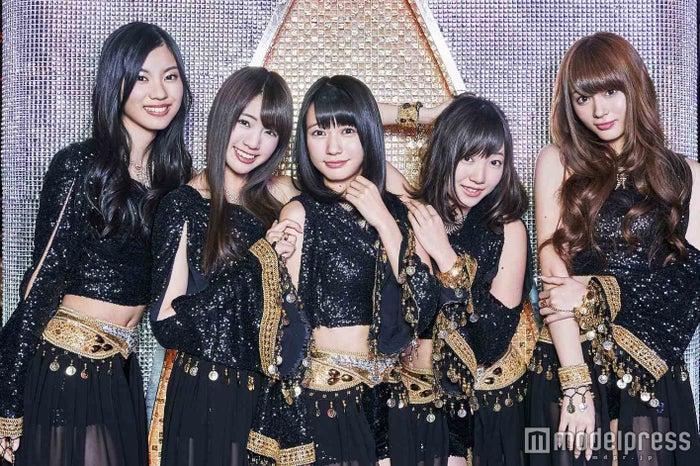 夢みるアドレセンス/左から:小林れい、志田友美、荻野可鈴、京佳、山田朱莉