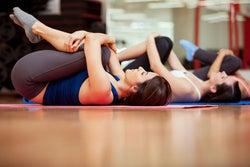 骨盤ストレッチで、下半身太りや腰痛を解消しよう!