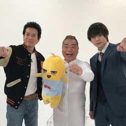 (左から)唐沢寿明、出川哲朗、窪田正孝(C)2017映画「ラストコップ」製作委員会
