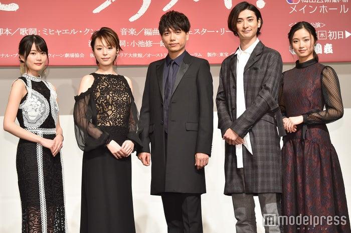 (左から)生田絵梨花、平野綾、山崎育三郎、古川雄大、木下晴香 (C)モデルプレス