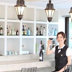 幸運を招くマネキネコワイン<ワイン選びにはコレ!思わず笑顔になれるビジュアル系ワイン手帳 Bottle.10>