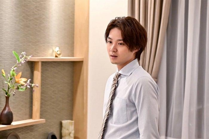 磯村勇斗/「恋する母たち」より(C)TBS