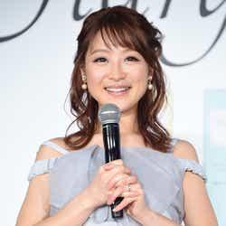 モデルプレス - 鈴木奈々、結婚記念日に夫婦ラブラブショット公開「出会えて幸せ」