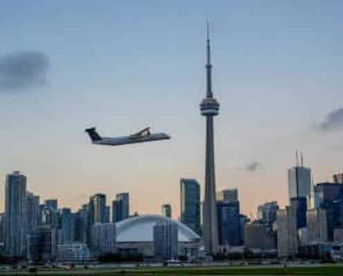 カナダ、不要不急の海外渡航中止勧告を解除 ワクチン奏功で