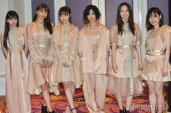 Flower(左から:重留真波、佐藤晴美、鷲尾伶菜、藤井萩花、坂東希、中島美央) (C)モデルプレス