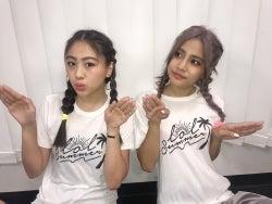 "lol・hibiki&mocaの""双子ダンス""が「可愛すぎる!」と話題 ファンからの要望に応える"