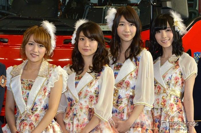 2013年芸能ニュースを賑わせたタレントランキング1位のAKB48(左から)高橋みなみ、大島優子、柏木由紀、松井珠理奈