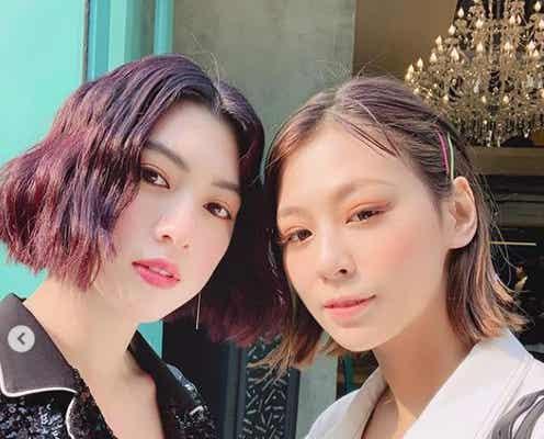 西内まりや&三吉彩花「Seventeen」コンビの韓国2ショットが胸熱「かっこよすぎる」