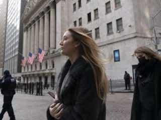 NY株、一時最高値 米小売売上高の大幅増で