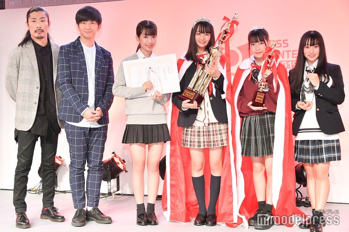 パンサー菅良太郎、向井慧、kokoneさん、りおさん、るあさん、あやさん(C)モデルプレス