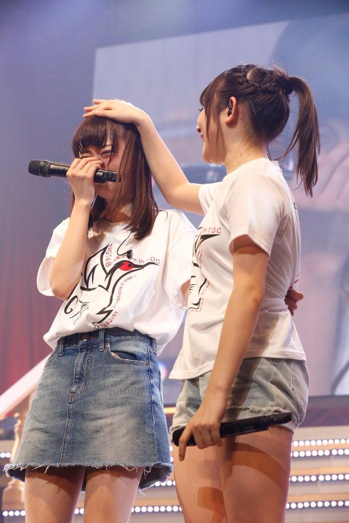 中井りか、加藤美南「NGT48 1周年記念コンサートin TDC ~Maxときめかせちゃっていいですか?」(C)AKS