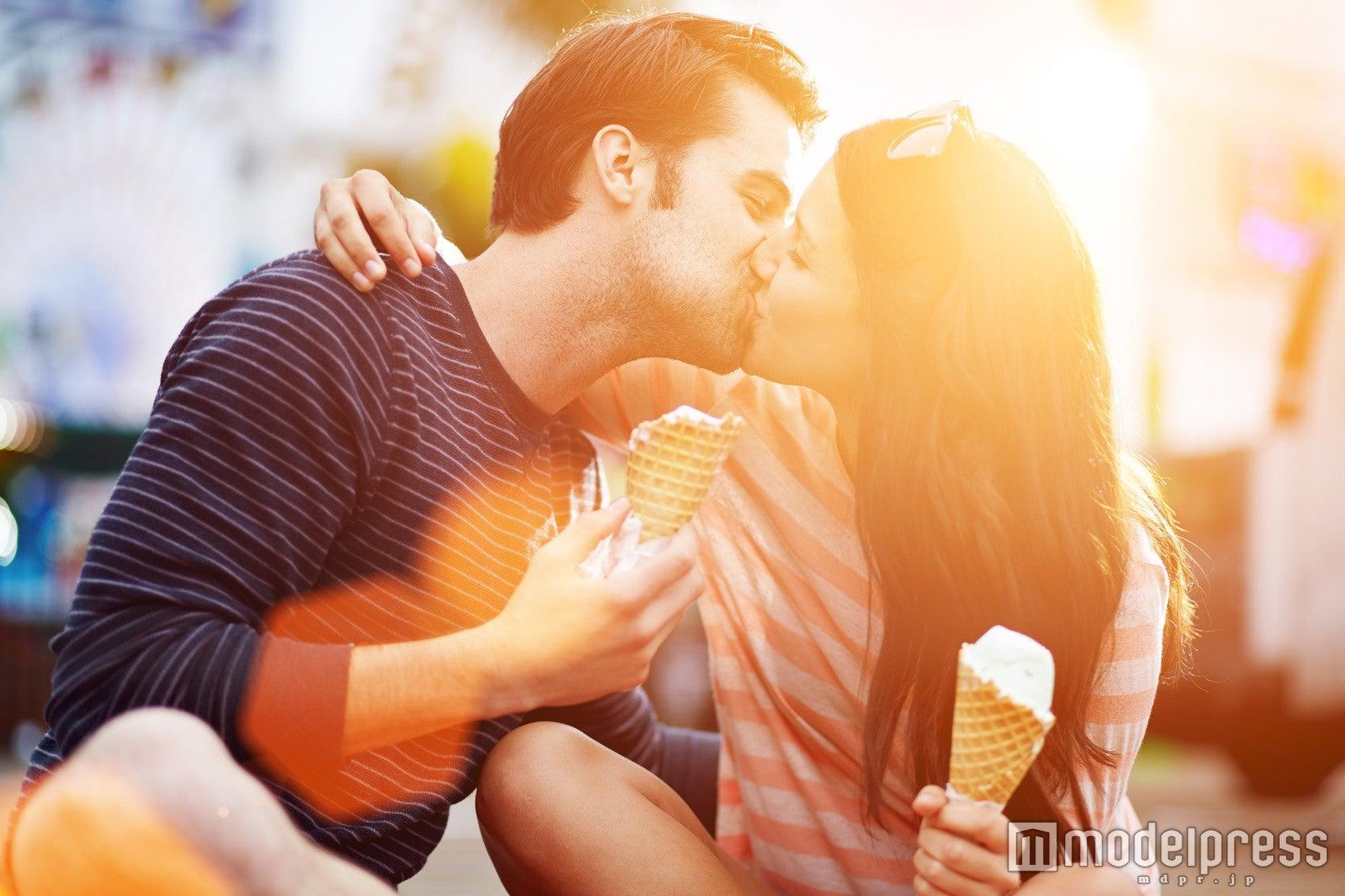 キスの後、男性を喜ばせる4つの方法