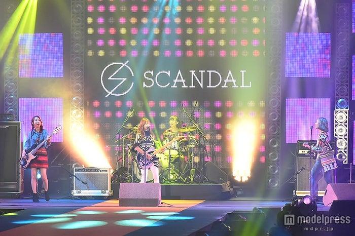 「GirlsAward 2015 A/W」に出演したSCANDAL【モデルプレス】