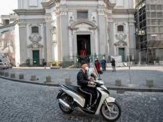 イタリア、新型コロナ死者・感染者の増加ペース鈍化