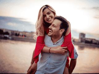 男性がふと「彼女を大好きと感じる瞬間」4選