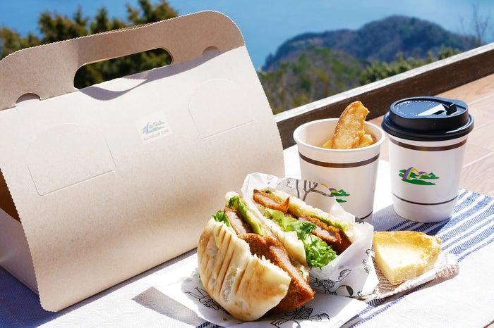 レインボーカフェのシェフ特製のランチBOXセット「にじランチ」/画像提供:レインボーライン