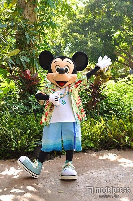 ディズニー、ハワイで真夏のクリスマス 限定ショーやイベント開催/アウラニのミッキー(C)Disney【モデルプレス】