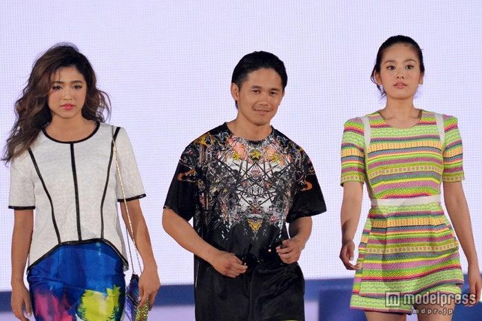 「テラスハウス」ステージ/(左より)今井華、宮城大樹、筧美和子