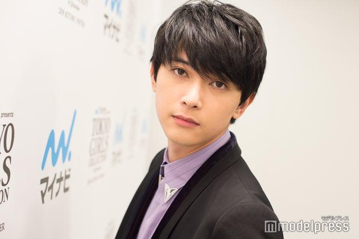 「マイナビ presents 第29回 東京ガールズコレクション 2019 AUTUMN/WINTER」に出演した吉沢亮 (C)モデルプレス
