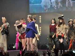 藤井リナ、佐々木希、吉川ひなのら、秋冬ファッションを豪華披露<TGC写真特集>