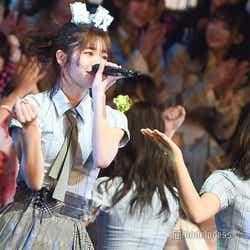 モデルプレス - AKB48グループ楽曲総選挙、チーム8が悲願の1位 横山由依も涙<100位~1位/AKB48リクアワ>