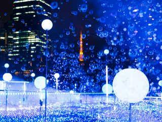 """東京ミッドタウン「ミッドタウン クリスマス 2019」幻想的な青の輝きで""""宇宙現象""""表現"""