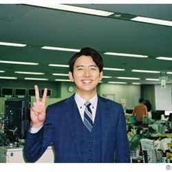 モデルプレス - 生田斗真の弟・生田竜聖アナ、ピースで結婚祝福「2人末長くの2」