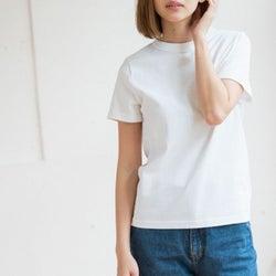 定番服こそ違いが光る!シルエットも着心地もこだわり抜いた白Tシャツ