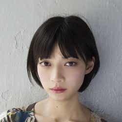 """モデルプレス - 注目の女優・田中真琴、主演舞台に挑戦で""""7日間男を監視""""<七日目にボクはキミと>"""