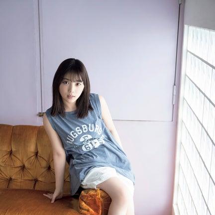 乃木坂46与田祐希、スラリ美脚披露 3期生への思い&感謝語る