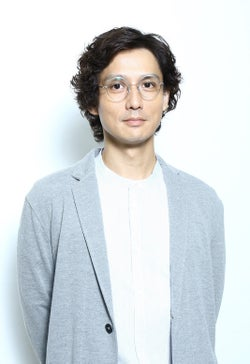 安藤政信(C)新田 章/講談社 (C)「恋のツキ」製作委員会
