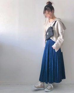大人可愛いが叶う♪ オーバーサイズパーカー×ロングスカートの最旬コーデ4選