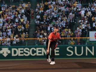戸田恵梨香、地元・甲子園でノーバン投球「すごくぜいたくな時間」