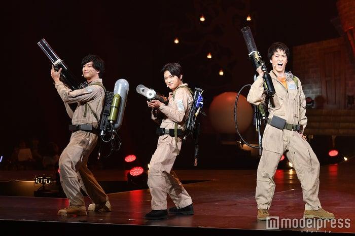 (左から)渡部秀、吉沢亮、松島庄汰(C)モデルプレス