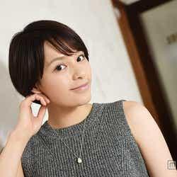 """モデルプレス - CMで絶叫の美女""""大沢ひかる""""とは?魅力と素顔に迫る モデルプレスインタビュー"""