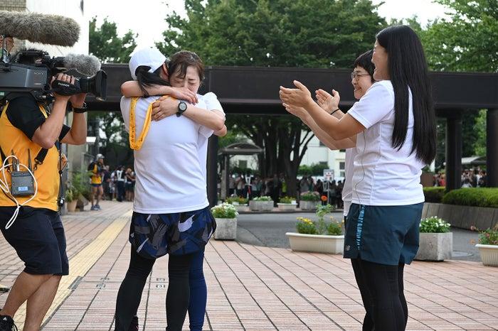 いとうあさこ、水卜麻美、近藤春菜、よしこ(C)日本テレビ