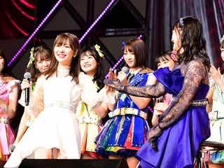 卒業発表の指原莉乃、田島芽瑠らHKT48メンバーと「それでも好きだよ」披露で涙<第8回AKB48紅白対抗歌合戦>